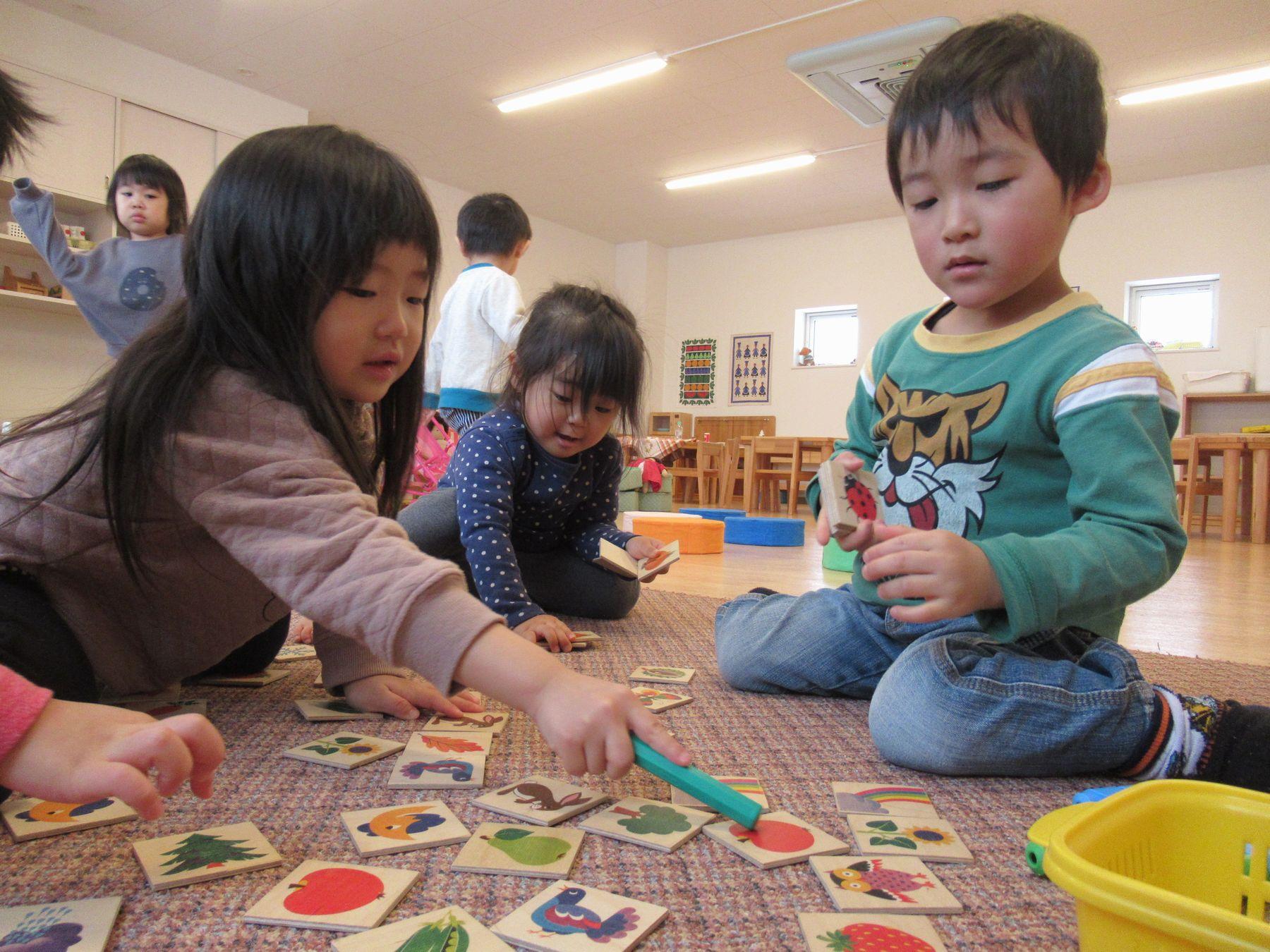 ゲーム 2 歳児 室内 遊び